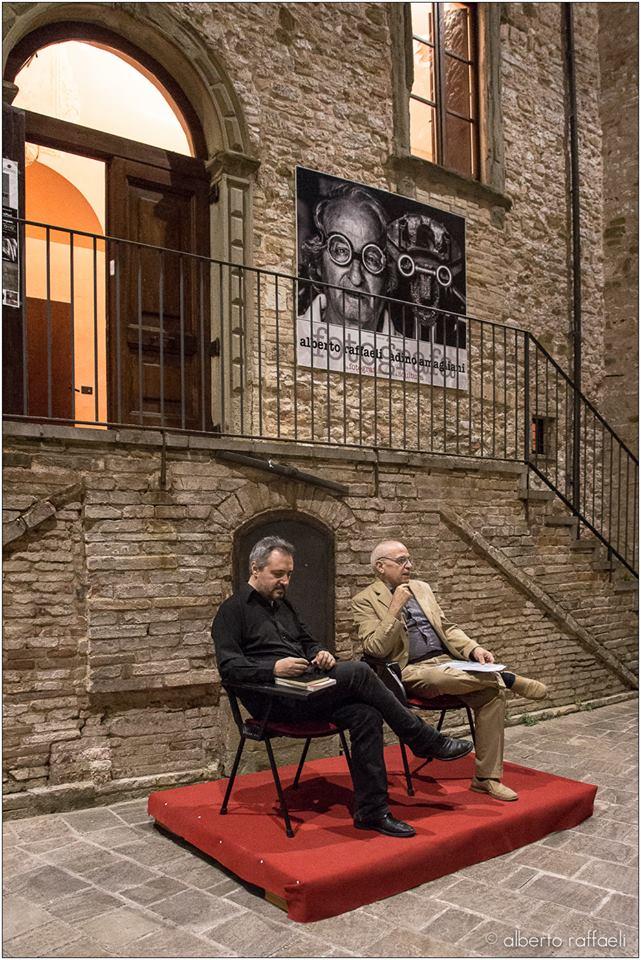 Castello di frontone pu vydia editore for Castello di frontone